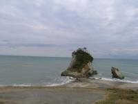雀島を一望 大型別荘